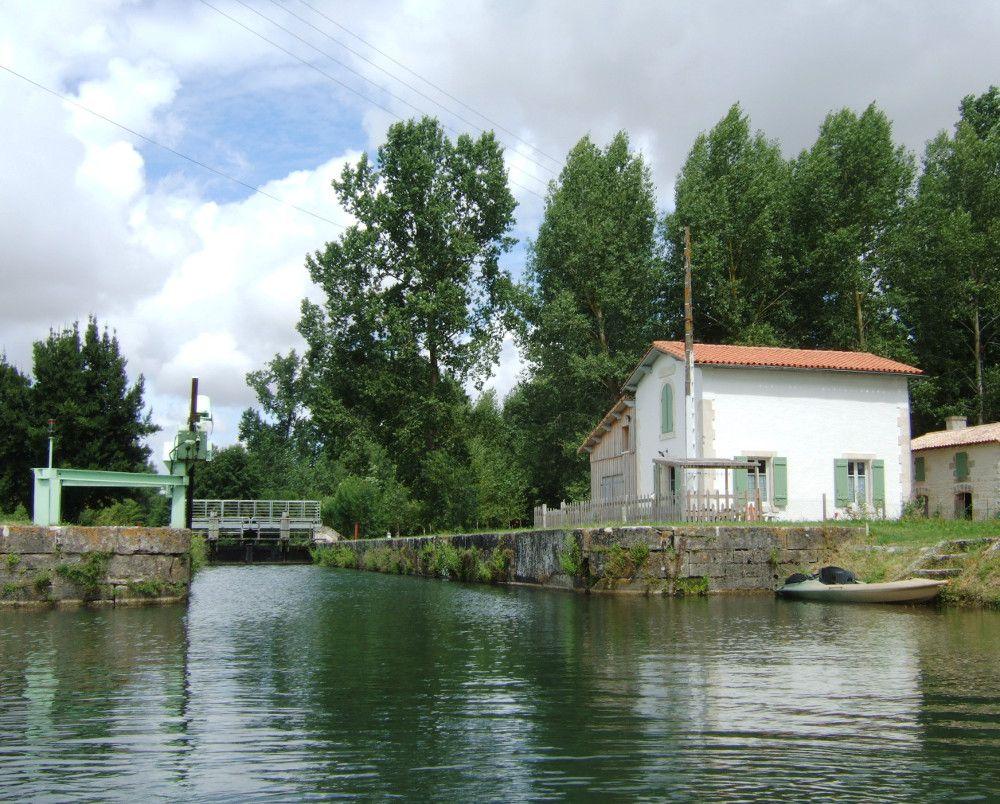 14-Magné-écluse-du-Marais-Pin