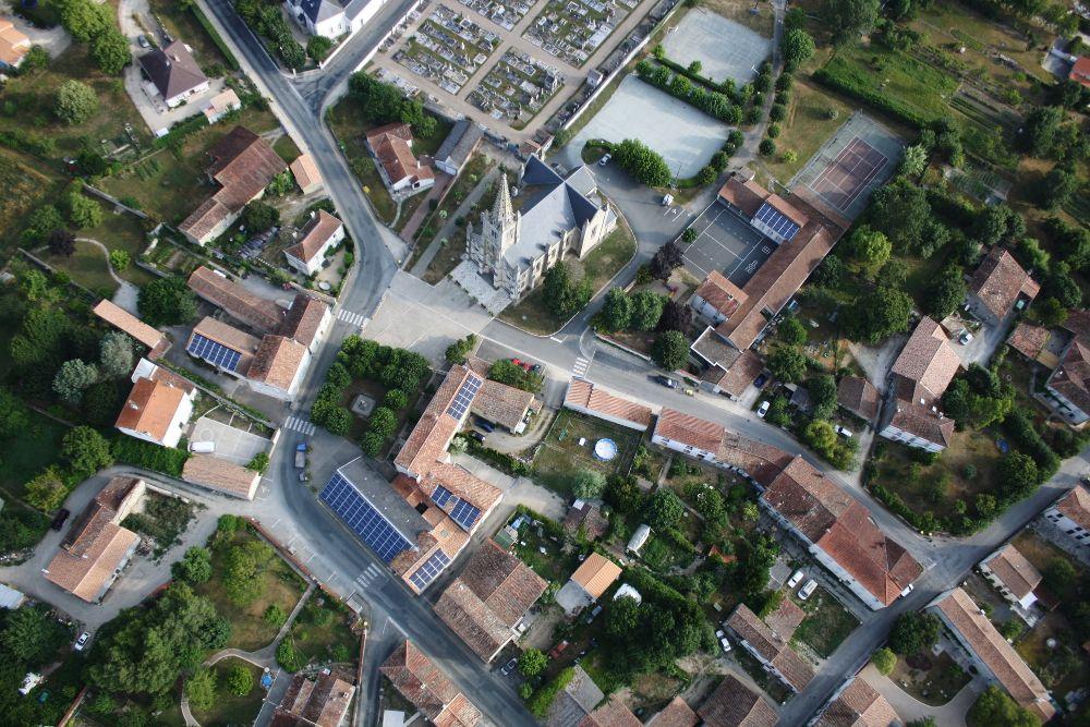9-Vue-aérienne-église-de-Le-Vanneau