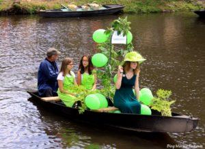 barque angélique marché sur l'eau marais poitevin