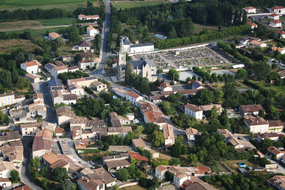 7-Village-de-Le-Vanneau---Marais-Poitevin