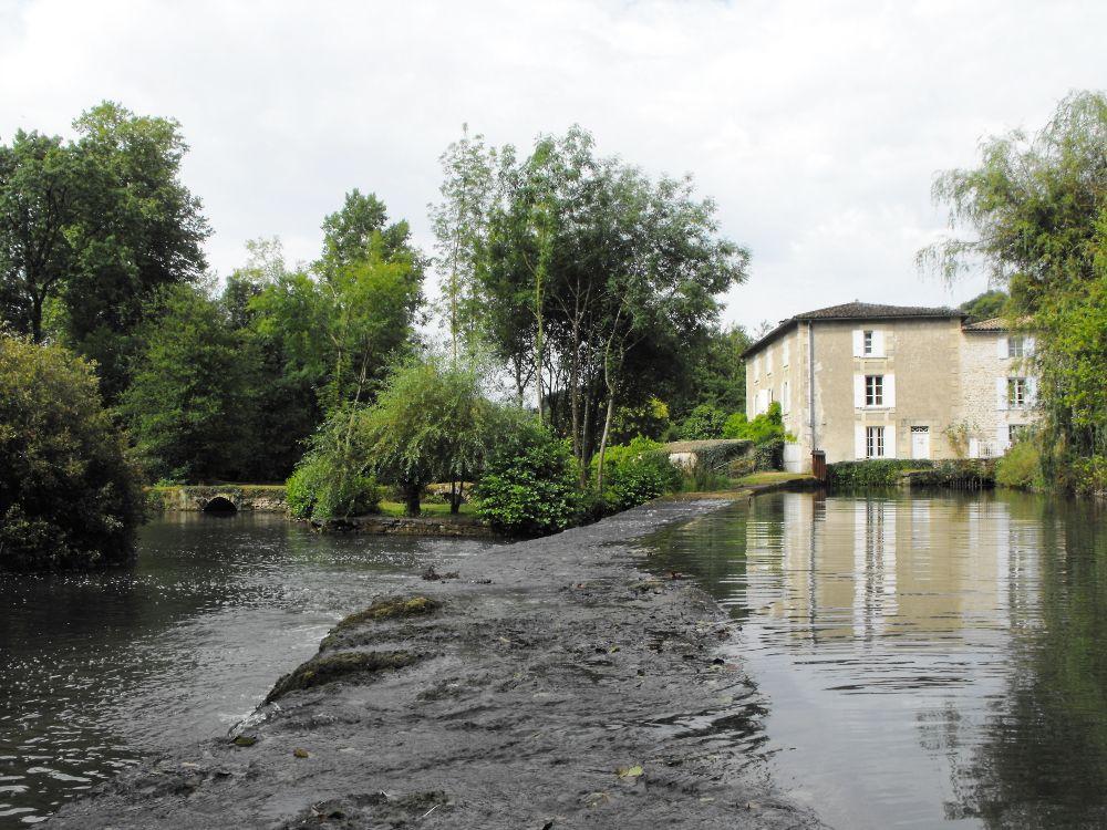Moulin de Ricou sur la Sèvre Niortaise