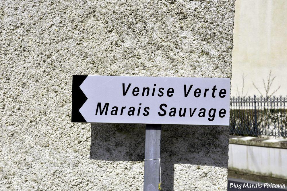 Pancarte Venise Verte Marais Sauvage à Saint-Hilaire-la-Palud dans les Deux Sèvres