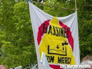 drapeau bassines non merci vague citoyenne marais poitevin juin 2018