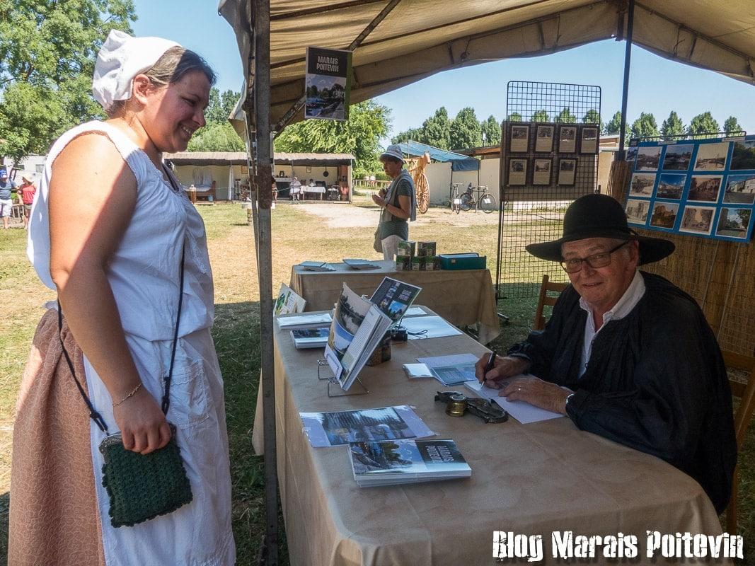 Fete du mijet coulon juillet 2018 strand livres marais poitevin - 4