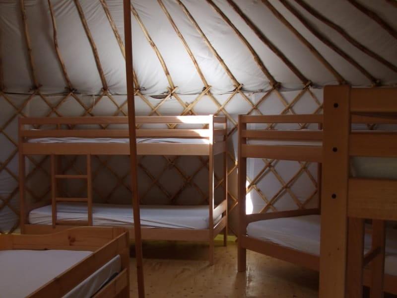 intérieur yourte eco camping la frenaie marais poitevin