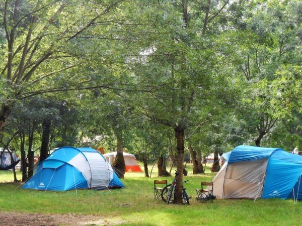 tentes camping la frenaie mauzé sur le mignon