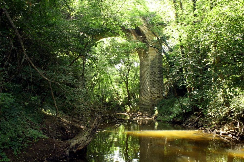 Pont de chemin de fer lieu dit Minette sur rivière Vendée