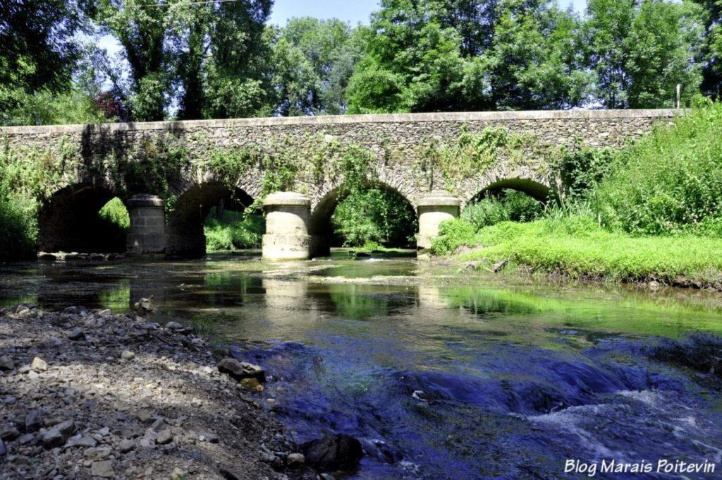 Le Pont de Fleuriau sur la Vendée
