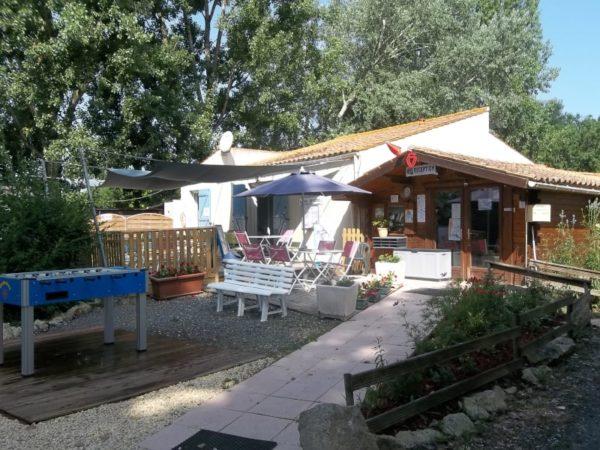 réception camping petit booth ile d'elle marais poitevin